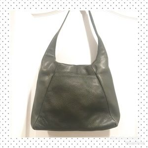 GROOM Paris Olive Green Leather Shoulder Bag